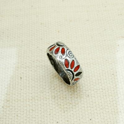 Кольцо Солнцеворот серебряное Алые лепестки