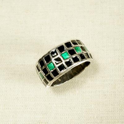 Кольцо Солнцеворот с чёрно-зеленой мозаикой