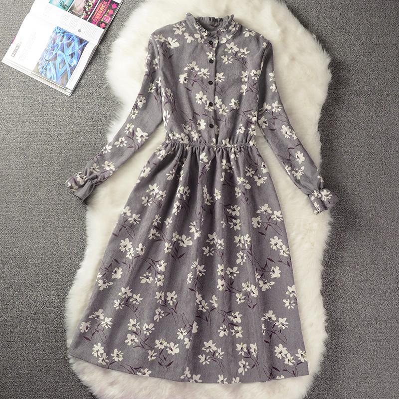 Young times микровельветовое платье с принтом
