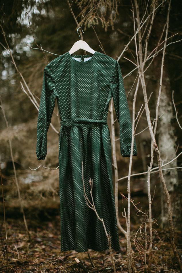 WonderMary платье темно-зеленое в мелкий горошек