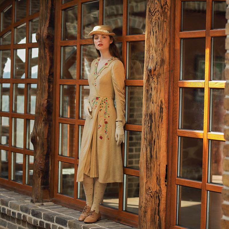 Liner оригинальное ретро платье