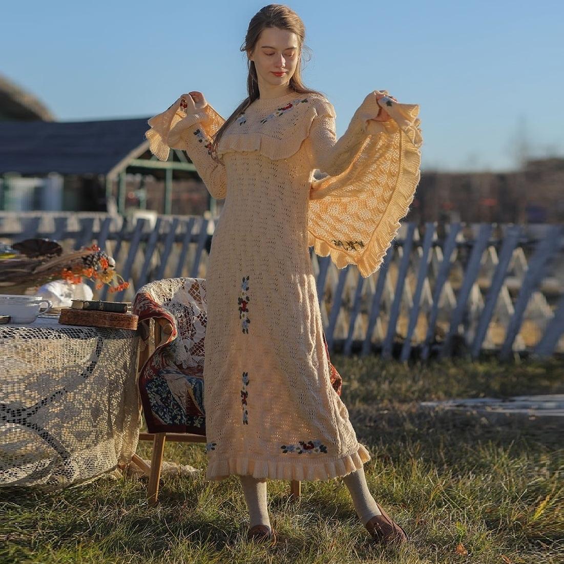 Liner розовое вязаное платье