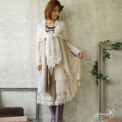 Mori girl платье с кружевами на юбке