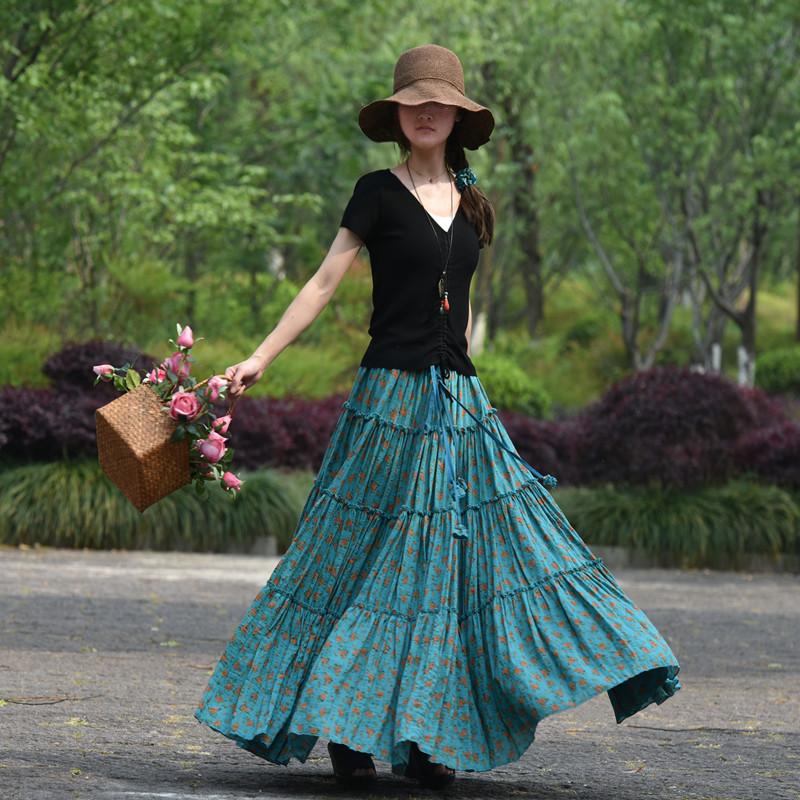 Ярусная юбка голубая в цветочек (Серпухов)