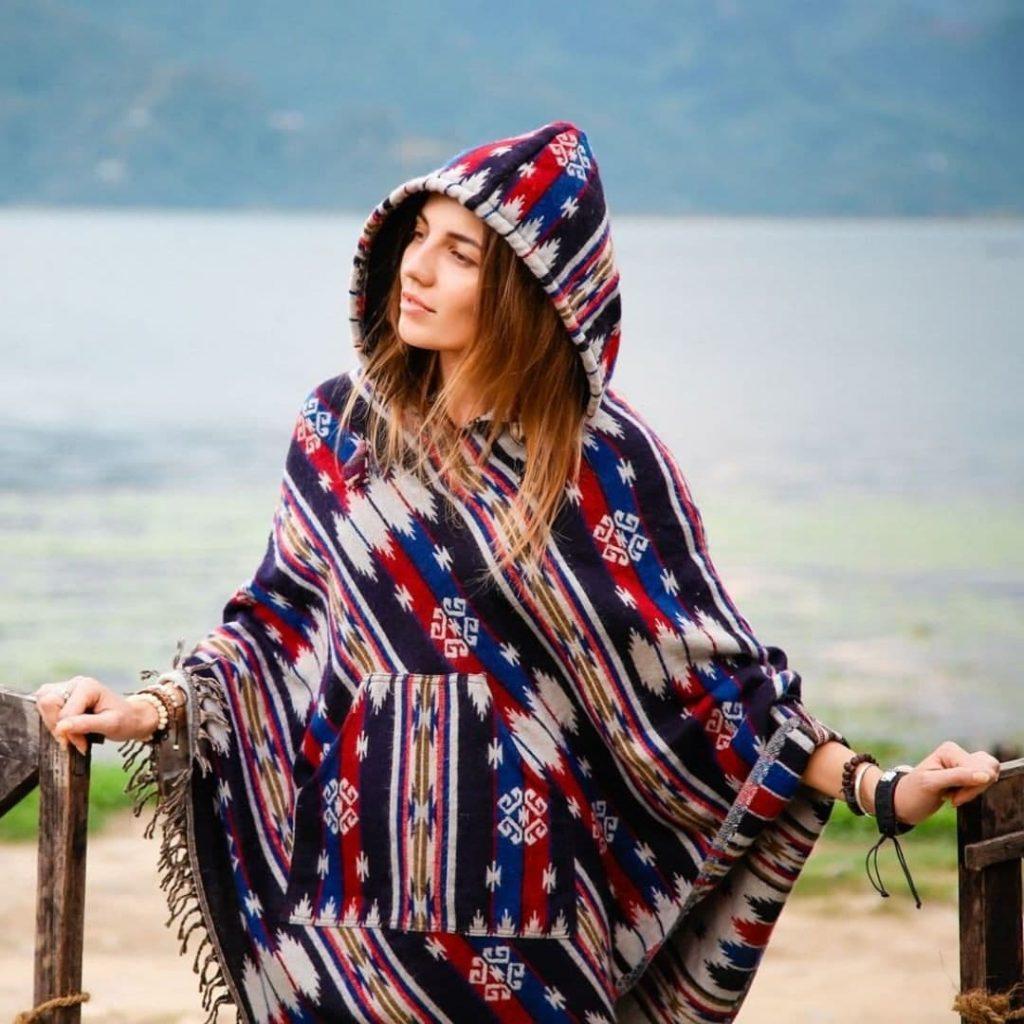 Национальная одежда индейцев - пончо