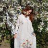 MarlЁn светлое льняное платье с вышивкой
