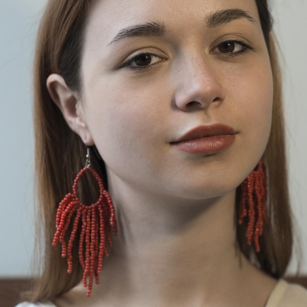 Серьги красные из бисера (Москва)